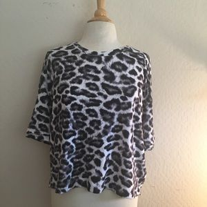 Splendid New with Tags Leopard print oversized tee